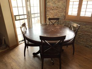 5' round kitchen table with four chairs for Sale in Littleton, CO