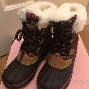 London Fog Girls Snow Boots for Sale in Woodbridge, VA