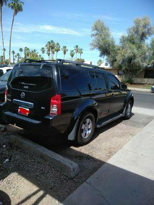 Nissan Pathfinder 2007 156000 millas todo funciona muy bien sin ningún problema mecánico. for Sale in Scottsdale, AZ
