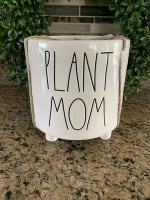 Rae Dunn Plant Mom Pot 🌱 for Sale in West Covina, CA