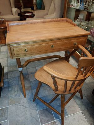 Antique Desk from Cal Shop for Sale in Youngtown, AZ