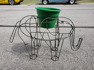 Elephant wire plant holder for Sale in Reynoldsburg, OH