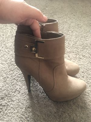 Guess boots size 9m for Sale in Vallejo, CA