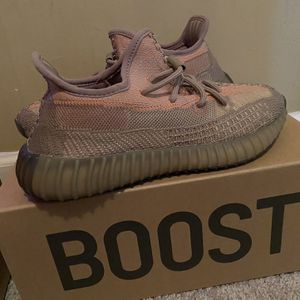 Adidas Yeezy 350 - Sand Taupe (size 7) for Sale in Austell, GA