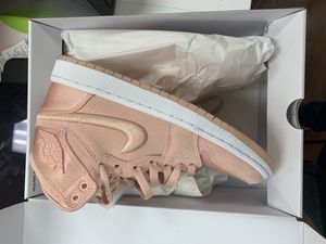 Jordan 1 satin pink GS season of her sunset tint size 6W 4.5GS $85 for Sale in Orlando, FL