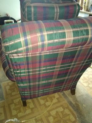 Eaten Allen chair and footstool AND I ONLY ACCEPT CASH UPON PICKUP for Sale in San Angelo, TX