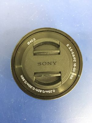 Sony SELP1650 16-50MM Lens for Sale in Kissimmee, FL