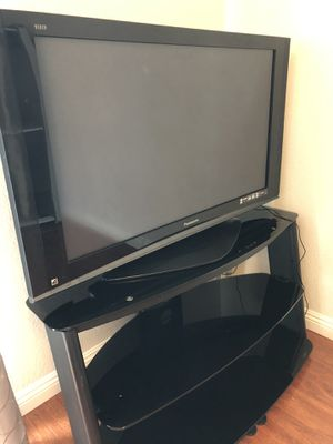 48 inch Panasonic TV with black stand for Sale in Glendale, CA