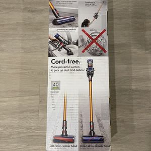 Dyon V8 Absolute Cordless Vacuum [NEW] for Sale in Glendale, CA