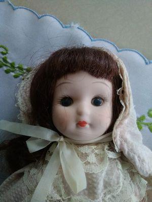 Victoria's Collectible Doll. for Sale in Santa Ana, CA