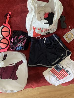 Free Clothes + Accessories for Teen/YA for Sale in Hillsborough, CA