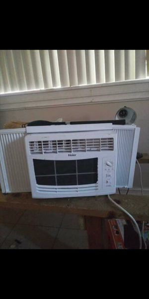 Haier window ac unit for Sale in Phoenix, AZ