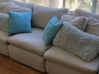 3 Piece Sectional Modular Couch for Sale in San Diego,  CA