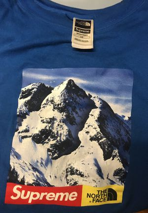 Supreme North face large T-shirt for Sale in Lockport, NY