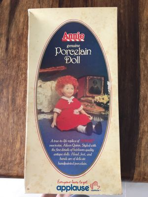 Original Annie Porcelain Doll 1982 for Sale in Miami Beach, FL
