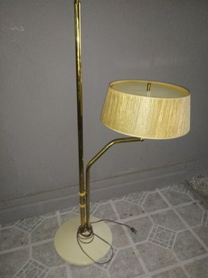 Antique lamp moves up and down works fine. for Sale in Wasco, CA