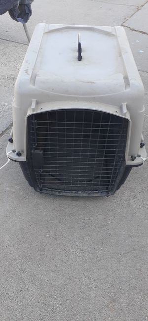 Small dog crate for Sale in Wheatland, CA