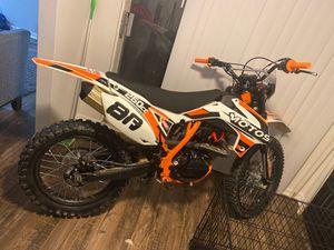 250cc Dirt bike for Sale in Riverdale, GA