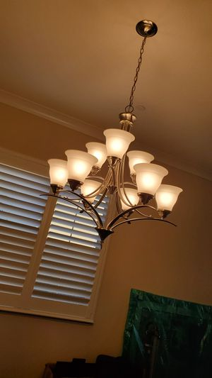 Excellent condition chandelier for Sale in Castro Valley, CA