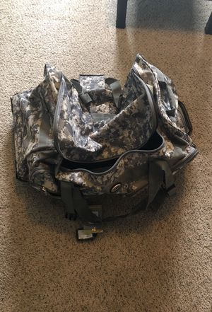 Duffle bag for Sale in Castle Rock, CO