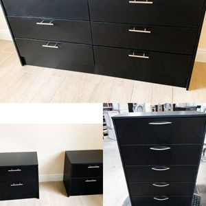 New White Black Or B/W Dresser, Chest And 2 Nightstands for Sale in Boca Raton, FL