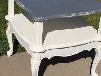 Side Table In Good Condition for Sale in Fresno,  CA