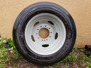 (1)Rim and tire GOODYEAR for F550. 225/70R19.5 for Sale in Pembroke Pines, FL