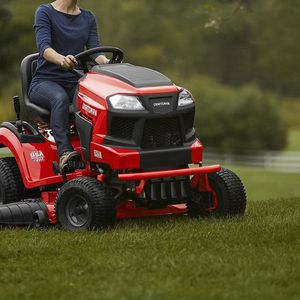 CRAFTSMAN T240 Turn Tight 22-HP V-twin Hydrostatic 46-in Riding Lawn Mower with Mulching Capability for Sale in Nashville, TN