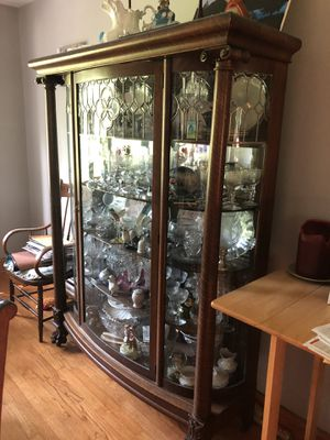 Antique China Cabinet for Sale in Homer Glen, IL