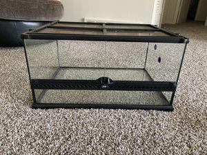 24x18x12 Exo Terra Reptile Tank for Sale in Kansas City, MO