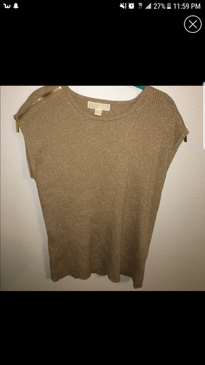 Michael kors gold top for Sale in Cleveland, OH