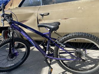 Kids Huffy bike for Sale in Los Angeles,  CA
