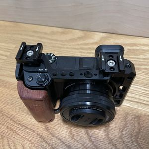 Sony A6400 w/16-50mm Kit Lens for Sale in Miami, FL