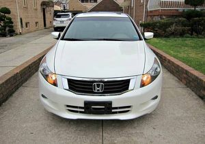 Low.Price 2010 Honda Accord EX-L FWDWheels/Navigation for Sale in Athens, GA