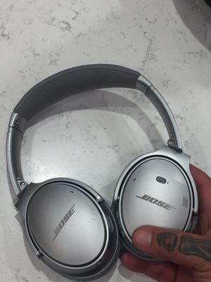 Bose Quiet comfort 35. ll. New for Sale in Philadelphia, PA