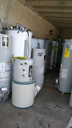 Water heater for Sale in Bloomington, CA