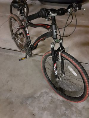 Bike almost new needs air or tubes for Sale in Dinuba, CA