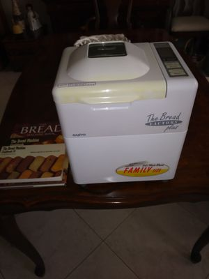 Automatic Bread Maker by Sanyo Model sbm 15 for Sale in Deerfield Beach, FL