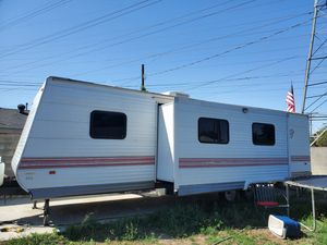 2007 LIBERTY 30 FT TRAVEL TRAILER for Sale in Los Angeles, CA