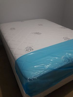 NEW QUEEN MATTRESS AND BOX SPRING INCLUDED 2 PC SET for Sale in Hialeah, FL
