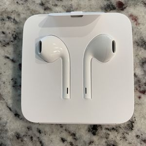 Brand New Apple Earpods With Lightning Connector. for Sale in Cape Coral, FL
