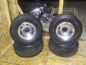 265/75/16 new tires for Sale in Montrose, CO