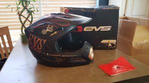 EVS FINK HELMET for Sale in Atascosa, TX