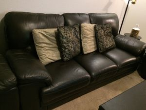 4 pieces leather sofa set. for Sale in Moreno Valley, CA