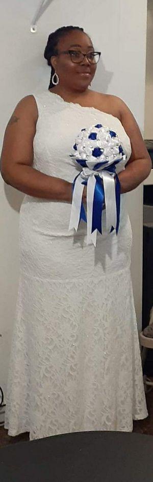 DAVID'S Bridal wedding dress for sale. for Sale in Alexandria, VA