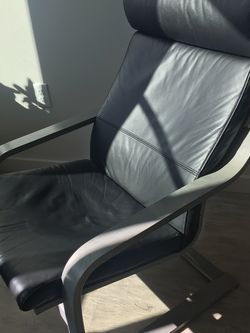Leather Living Room Chair for Sale in Portland,  OR