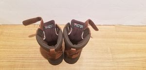 Gap Winter Insulated Boots for kids size 5 for Sale in Brooklyn, NY