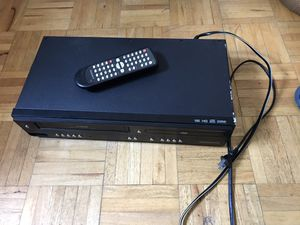 Combo DVD & VHS player with remote control for Sale in New Carrollton, MD
