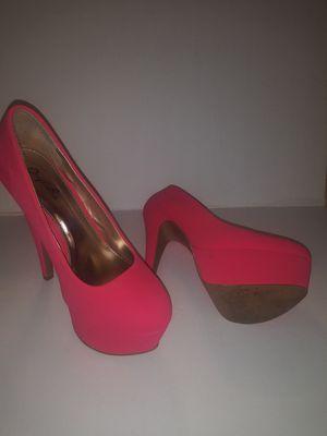 Qupid Hot pink pumps heel shoe size 5 for Sale in Weslaco, TX
