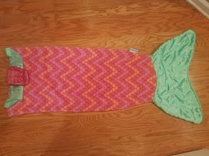 Snuggle Mermaid Blanket for Sale in Ellenwood, GA